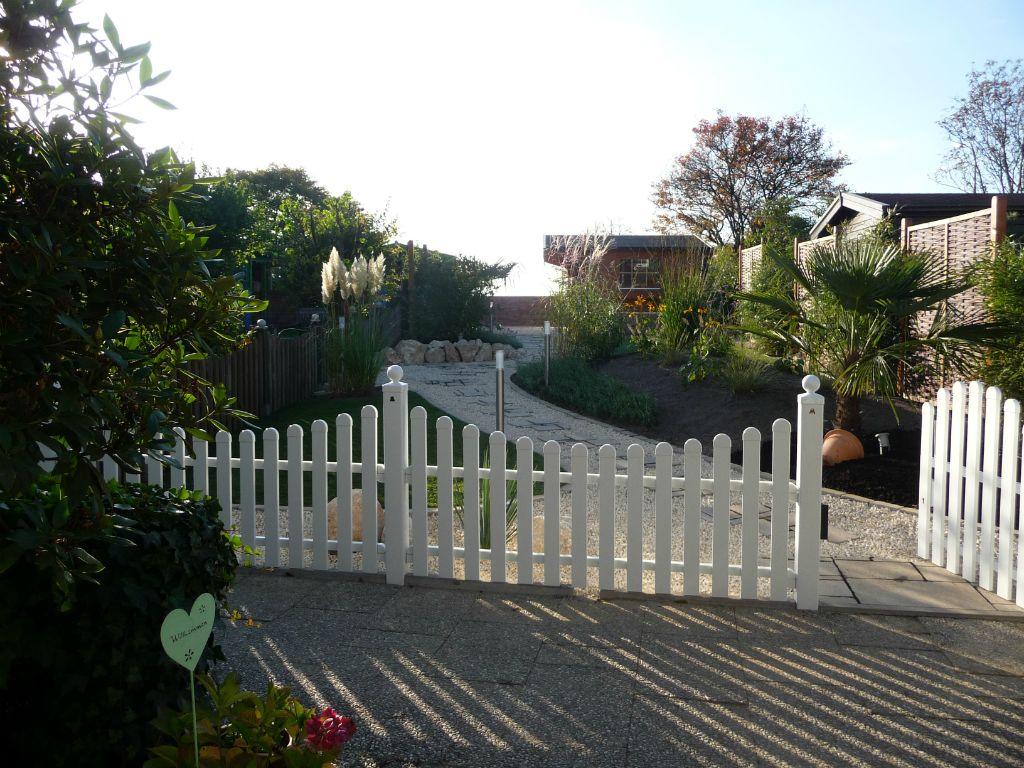 Zäune und Mauern